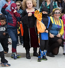 14 Not So Spooky Halloween Events for Chicago Kids