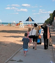 7 Best Beaches for Families in Chicago Area