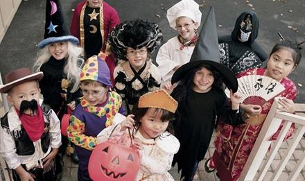 7 Free Trick or Treat Events in Chicago - KidTrail Pick