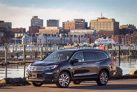 9 Best SUVs for Families that Moms Love! - KidTrail Cool Find