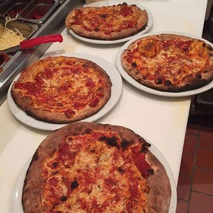 Kids Eat Free at Frasca Pizzeria - Lakeview - KidTrail Pick