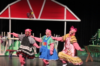 The Three Little Pigs, April 27-Aug 12, 2016 - KidTrail Pick
