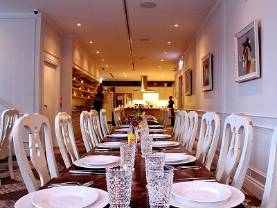 14 Private Rooms at Chicago Restaurants for Celebrations! - KidTrail Pick