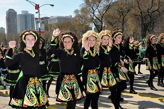 St. Patrick's Day Parade & River Dying in Chicago - KidTrail Pick