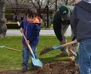 10 Earth Day Celebrations in Chicago and Suburbs - KidTrail Pick