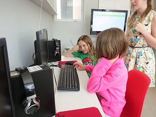 10 Coding Classes for Kids in Chicago and Suburbs - KidTrail Pick