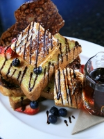 Top Kid Friendly Chicago Brunch - KidTrail Pick
