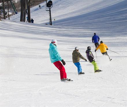 10 best skiing for kids and family near chicago kidtrail pick